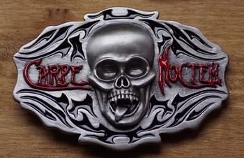 "Belt buckle  "" Carpe Noctem ""   Slaat 's nacht toe"