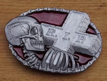"""Buckle / gesp  """" R.I.P.  grafsteen, doodskop """""""