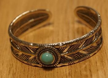 "Klemarmband  "" 5 turquoise stenen """