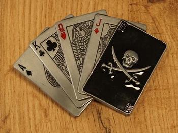 """Belt buckle  """" Speelkaarten met doodskop kaart """""""