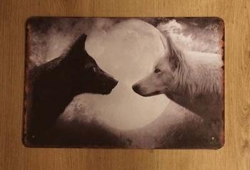"""Billboard """" Witte en zwarte wolf bij volle maan """""""