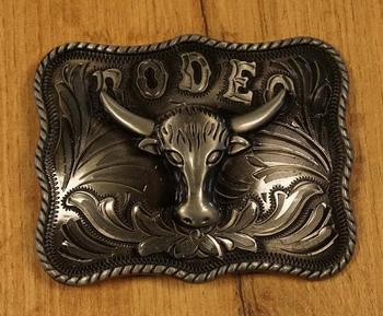 """Buckle  """" Rodeo + stierenkop """"  nikkelkleurig"""