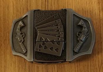 """Aansteker buckle """" Speelkaarten + pistolen """""""