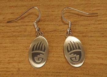 """Sterling zilveren oorbellen """" Berenklauw """""""