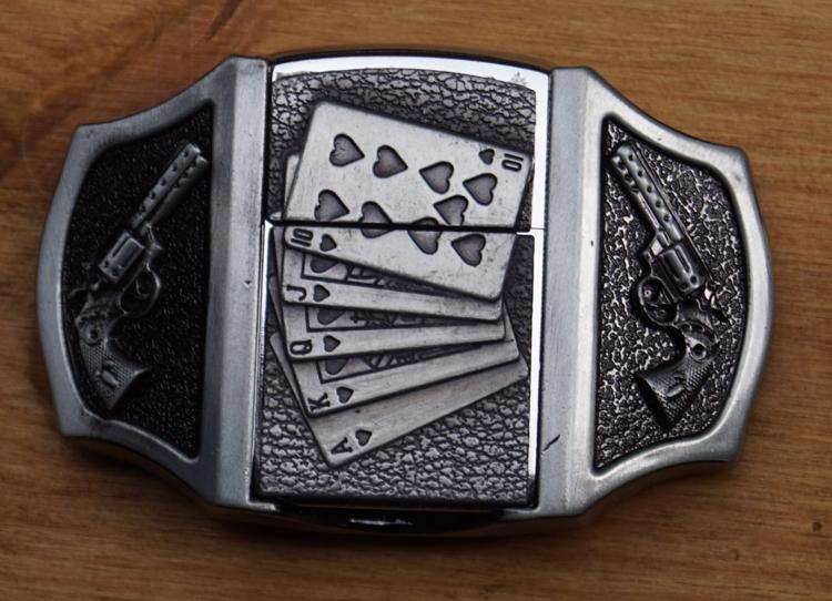 """Aansteker gesp  """" Pokerhand + 2 revolvers """"  UITVERKOCHT"""