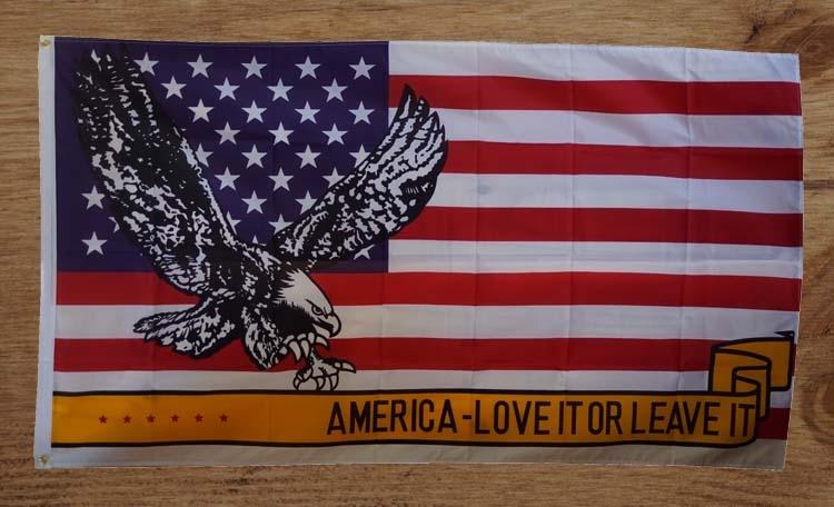 """Amerikaanse vlag  """" America love it - or leave it """"  Adelaar"""
