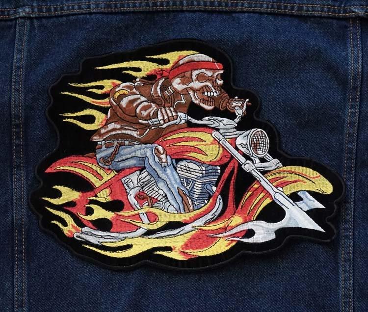 """Applicatie  """" Biker op motorcycle in vlammen """""""