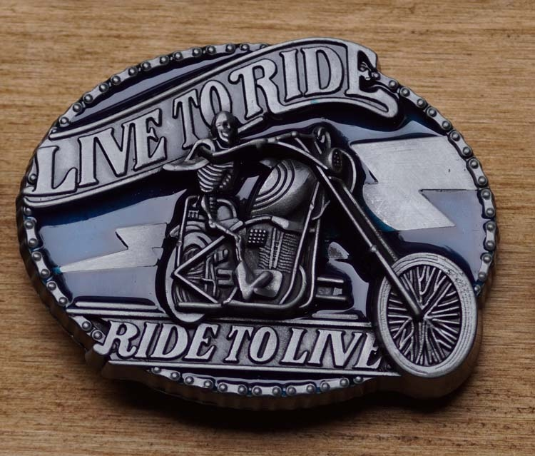 """Belt buckle  """" Live to ride,  Ride to live """"   Rood"""