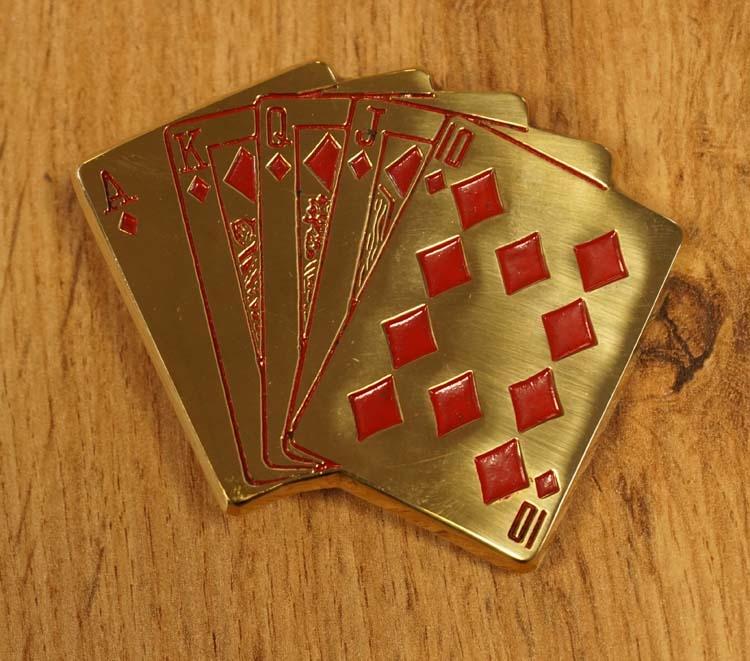 """Belt buckle  """" Pokerhand """" goukleurig"""