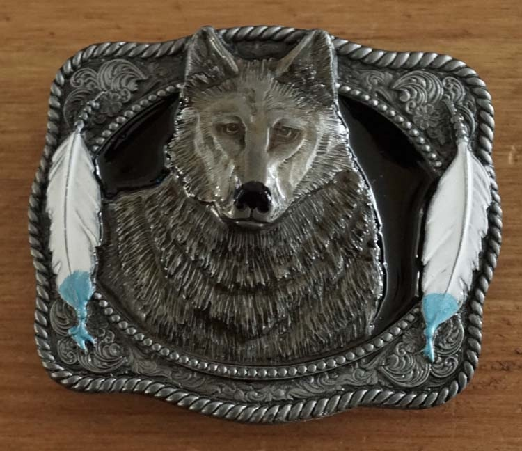 """Belt buckle  """" Wolf met veren """""""