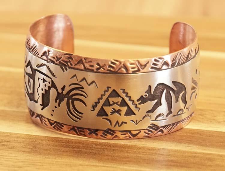 "Brede indiaanse armband "" Hert + beer  """