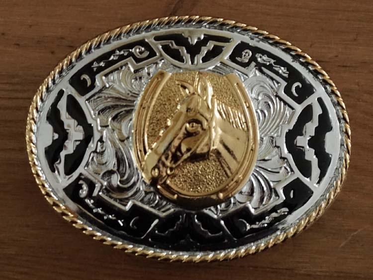 """Buckle  """" Paardenhoofd met hoefijzer """" goud- / zilverkleurig"""