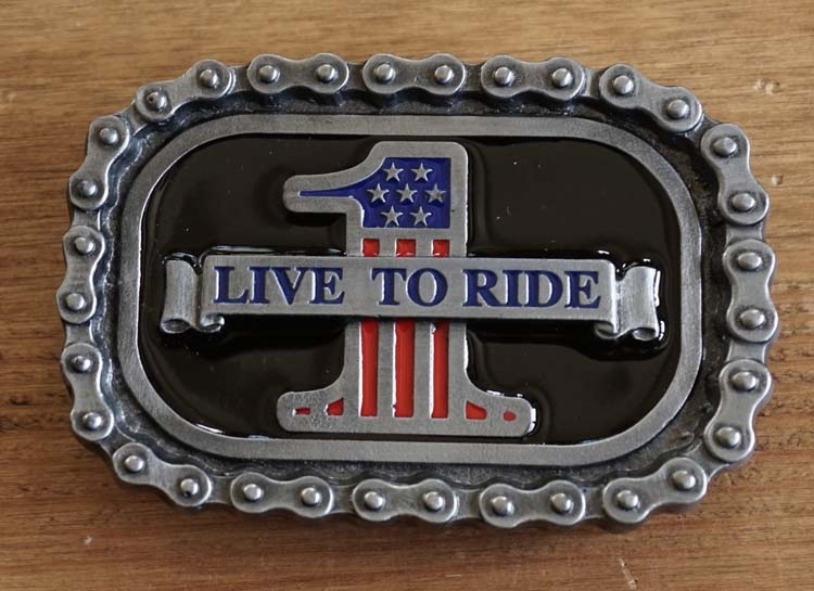 "Buckle / gesp  "" Live to ride 1 """