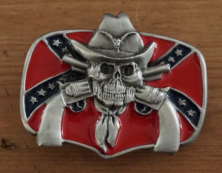 """Buckle """" Rebelvlag met doodskop en revolvers """""""