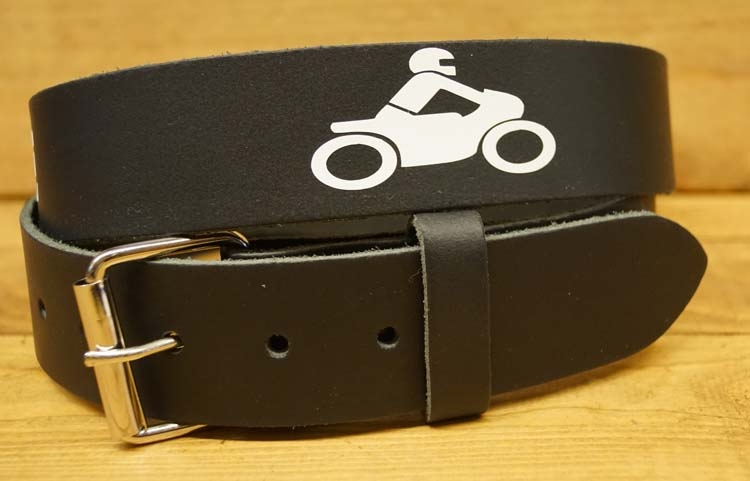"Buckle riem  ""  Ride to live  Live to ride ""    Zwart / wit"