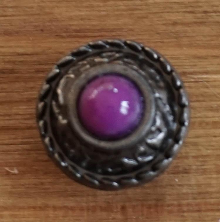 """Concho """" Sierwerk met paarse steen """""""