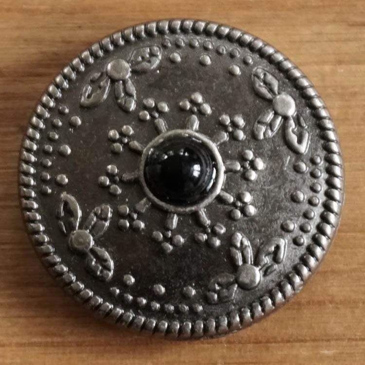 """Concho """" Sierwerk met zwarte steen """""""