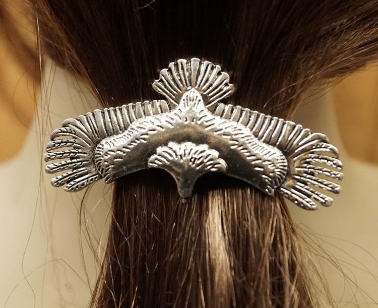 """Haarclip  """" Adelaar """"   zilverkleurig"""