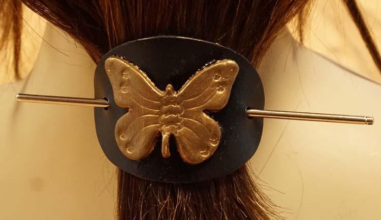"""Leren haarspeld  """" Gouden vlinder """""""