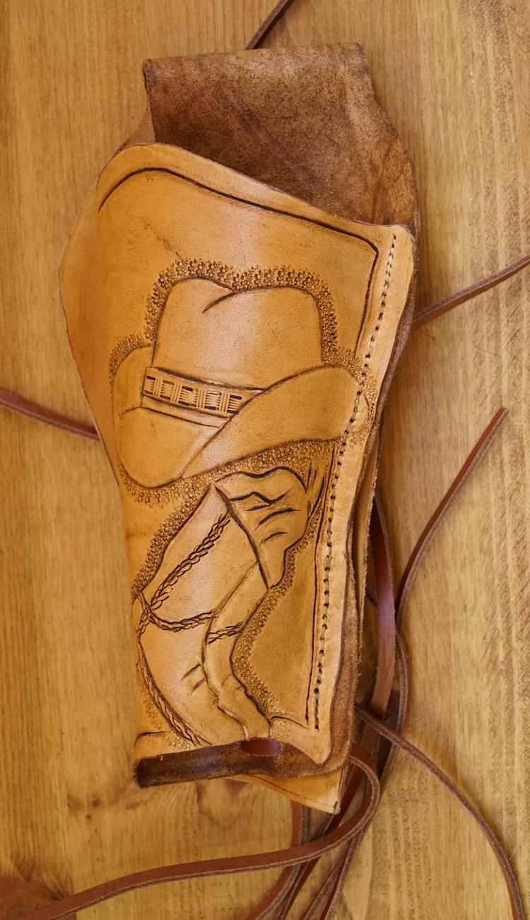 """Leren holster  """" Cowboy hoed met laarzen """"  Beige"""