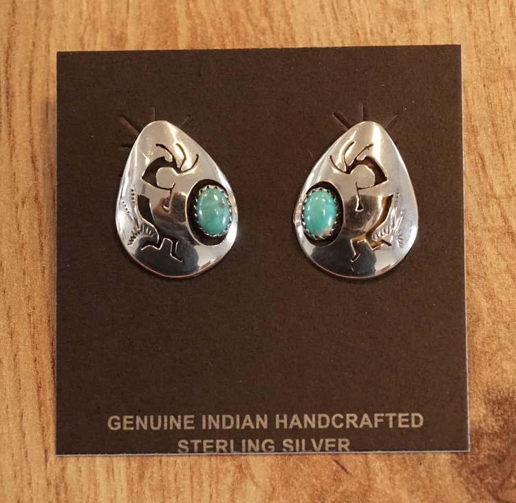 """Sterling zilveren oorknopjes """" Druppel met turquoise steen """""""