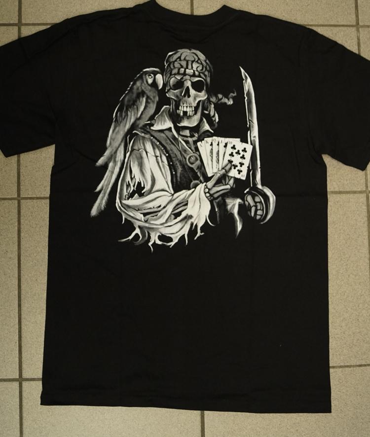 """T-shirt """" Piraten skelet aan het pokeren """" Zwart"""