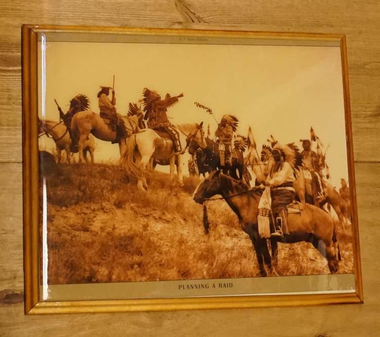 """Westen schilderij """" Planning a raid """""""