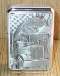 """Aansteker   """" Vrachtwagen + adelaar """"   Zilverkleurig"""