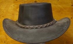 """Leren hoed  """" Horka """"  Bruin mat"""