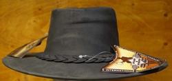 """Leren hoed  """" Horka """"  Hoedband gevlochten met concho  Zwart"""