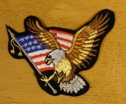"""Strijkapplicatie  """" Adelaar + Amerikaanse vlag """"    Rechts"""