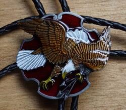 """Large bolo tie  """" Vliegende adelaar """""""