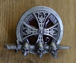 """Belt buckle   """" Keltisch teken met doodshoofden """""""
