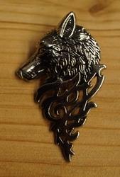 """Pin / speldje  """" Wolf """"   Zilverkleurig  UITVERKOCHT"""