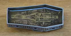"Belt buckle  "" Doodskist met skelet """