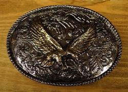 """Siergesp  """" Vliegende adelaar """"  Goud- / zilverkleurig"""