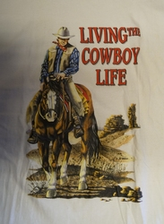 "T shirt "" Living the cowboy life ""  Wit"