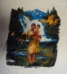 """T shirt """"  Indiaanse met kind bij waterval """"  Wit"""
