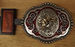"""Wrangler  buckle  """" Rodeo """" Rood / zilverkleurig"""