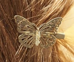 """Haarklem  """" Vlinder  """"   Goudkleurig   Rechts"""