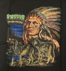 "T-shirt "" Forever free "" Indiaan Zwart"