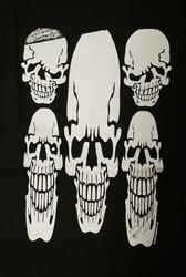 "T-shirt "" White skulls ""  Zwart"