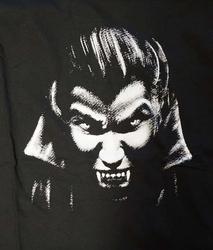 "T-shirt ""  Vampier ""  zwart"