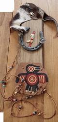 Indianen decoratie,  Hoefijzer, adelaar op leer