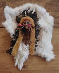 Decoratie indiaan op konijnvel
