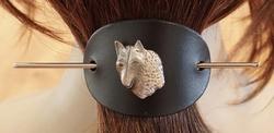 Leren haarspeld