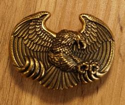 """Siergesp  """" Zittende adelaar op nest bij maan """""""